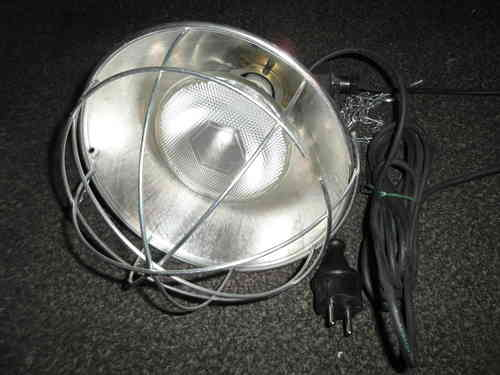 Heat Lamp with fittings, protective cage and 2,5 meter cord.